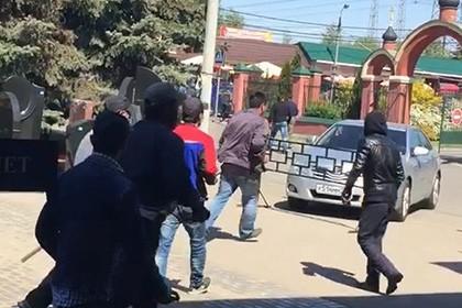 Следователи назвали главный мотив конфликта на Хованском кладбище