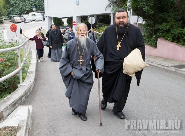 Протоиерей Михаил Ли и протоиерей Владимир Бойков