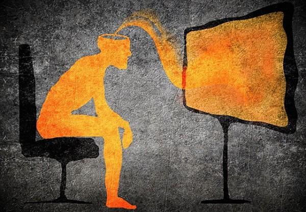 Заразность СМИ и молодежные суициды