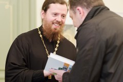 Могут ли у священника быть друзья?
