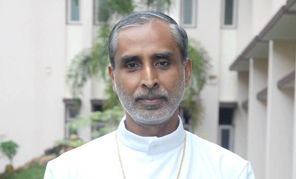 В Индии католический епископ жертвует почку для спасения бедняка-индуса