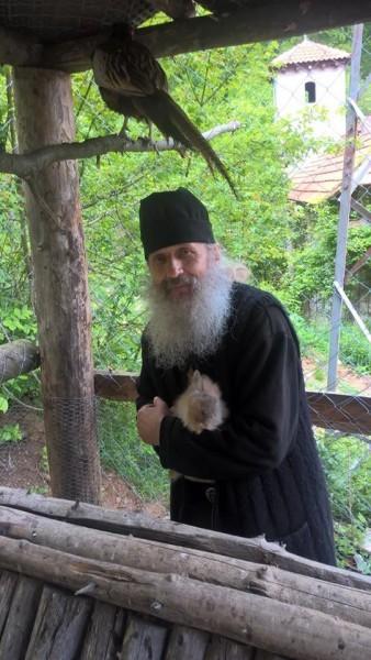 Отец Иустин, насельник монастыря Драганац
