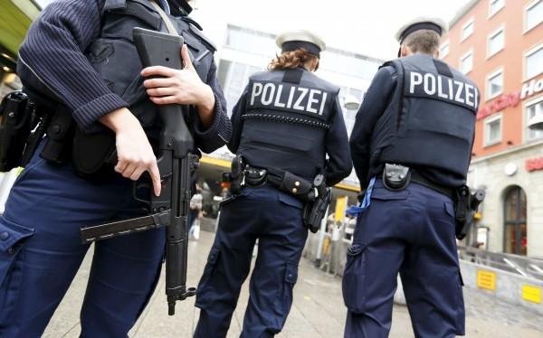 В Германии мужчина открыл стрельбу в кинотеатре