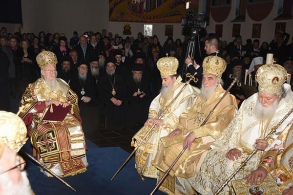 Патриарх Кирилл направил письмо участникам храма наКрите