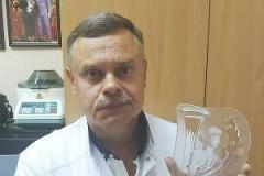 Врач из Краснодара отдал свою госпремию на лечение онкобольной девочки