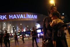 15 детей из Татарстана не могут покинуть Стамбул из-за теракта