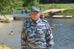 Саратовский полицейский спас тонущих мужчину и ребенка