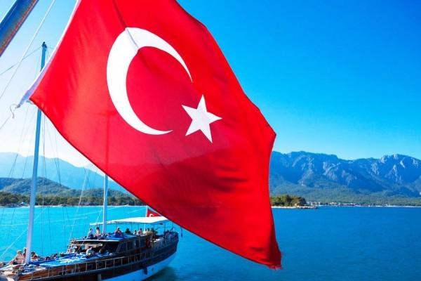 Россиянам разрешили отдыхать в Турции