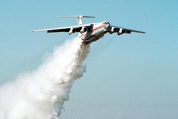 Члены экипажа разбившегося Ил-76 награждены орденами Мужества посмертно