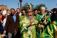 Митрополит Онуфрий благословил особое молитвенное правило на время Крестного хода мира на Украине