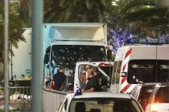 Террориста в Ницце остановила женщина-полицейский