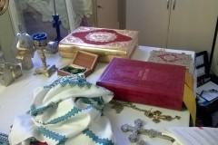 Во Львовской епархии вандалы осквернили храм и украли пожертвования