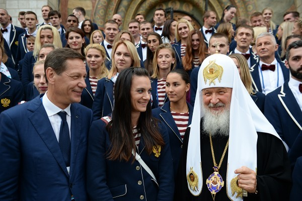 Патриарх призвал российских олимпийцев не поддаваться давлению