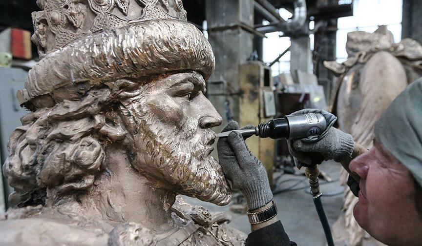 О памятнике Ивану Грозному и любви к сапогу