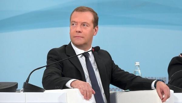 Уучителей приличная заработная плата — Медведев
