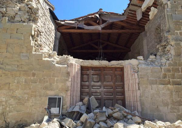 Церковь в Аккумоли ди Риети / REUTERS