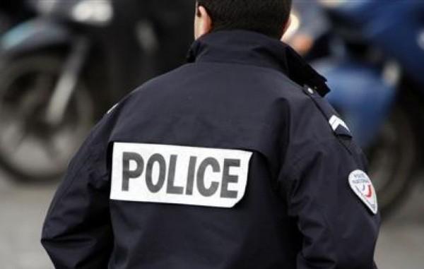 Полицейский из США спас самоубийцу из-под колес поезда