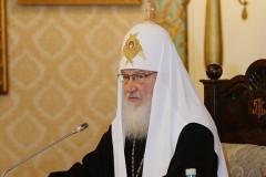 Патриарх Кирилл: Церковь приветствует приход в науку верующих профессионалов