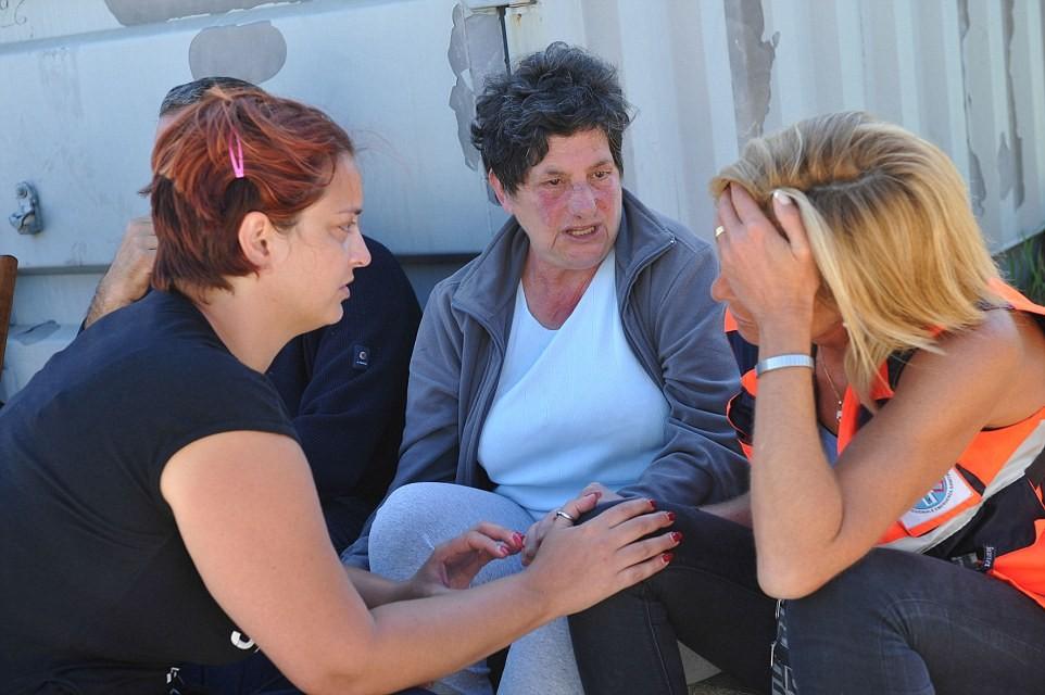 ВИталии впроцессе землетрясения девочка спасла сестренку ценой своей жизни