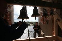 Прихожане восстановили звонницу на затопленной колокольне в Калязине
