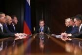 Медведев заменил индексацию пенсий единовременной выплатой