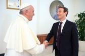 Марк Цукерберг подарил Папе Римскому уникальный беспилотник