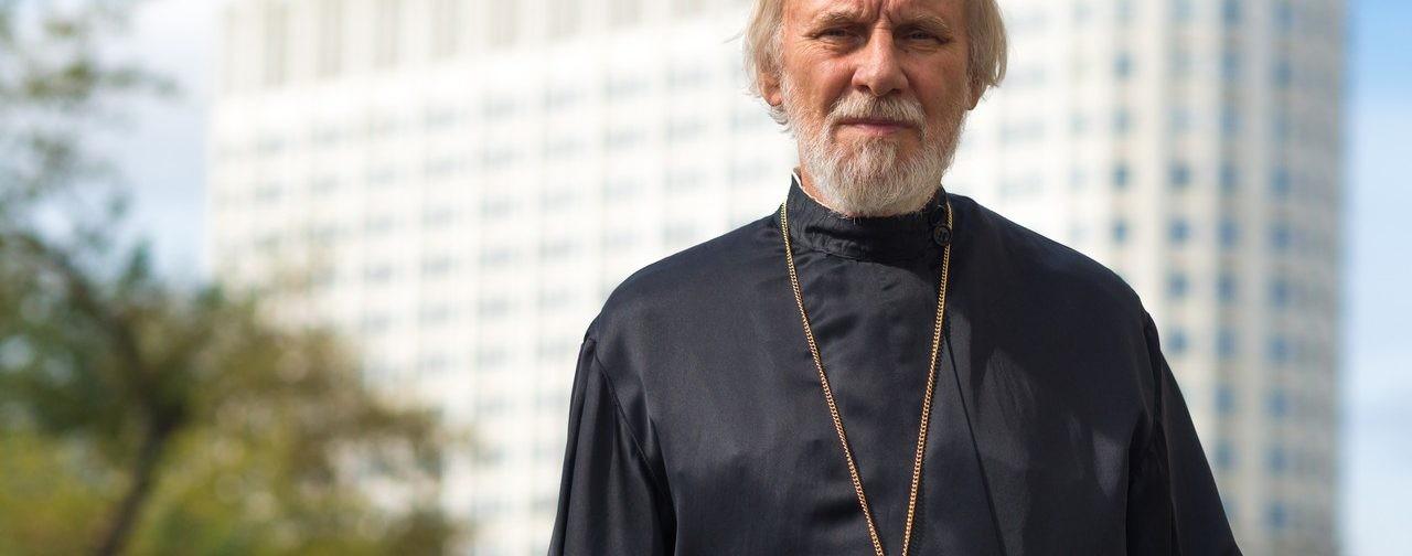 Протоиерей Александр Борисов: Я просил солдат не поднимать оружия