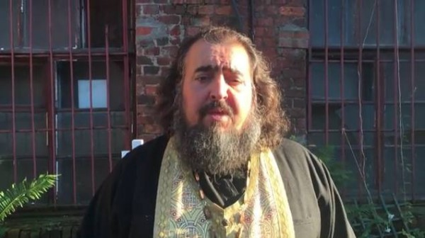 Настоятель ограбленного храма записал видеообращение к грабителям