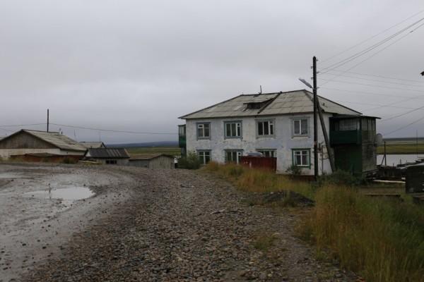 Пейзаж немного грустный. Короткое арктическое лето подходит к концу. В общем-то оно особо и не начиналось по нашим меркам.