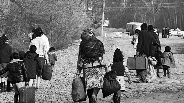 Беженцы из Нагорного Карабаха в южной приграничной зоне Армении. 1988 год. Фото: Фото: РИА «Новости»