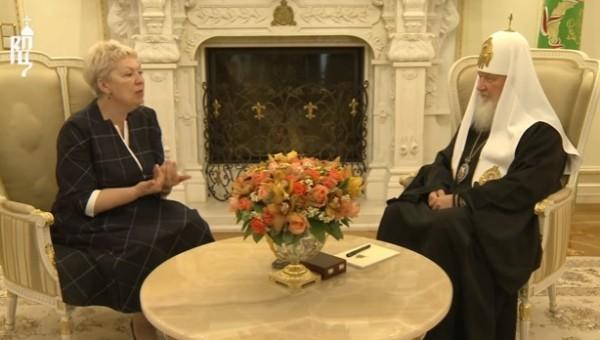 Ольга Васильева рассказала Патриарху Кириллу о главных проблемах образования