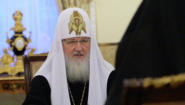 Патриарх Кирилл подарил Папе Римскому частицу мощей Серафима Саровского
