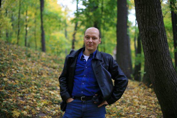 Анатолий Данилов: Под небом голубым…