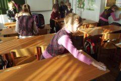 В российские школы вернется уборка классов и дворов