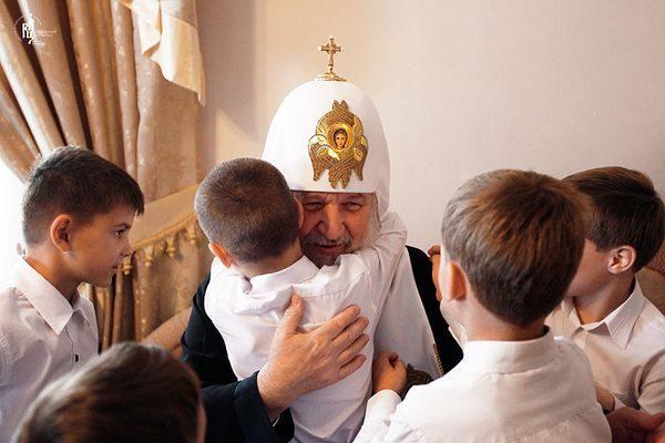Патриарх Кирилл призвал Анну Кузнецову к утверждению ценностей семьи и милосердия