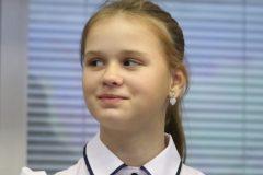Путин наградил спасавшую детей на Сямозере 12-летнюю девочку