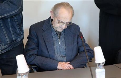 ВГермании судят 95-летнего санитара изОсвенцима
