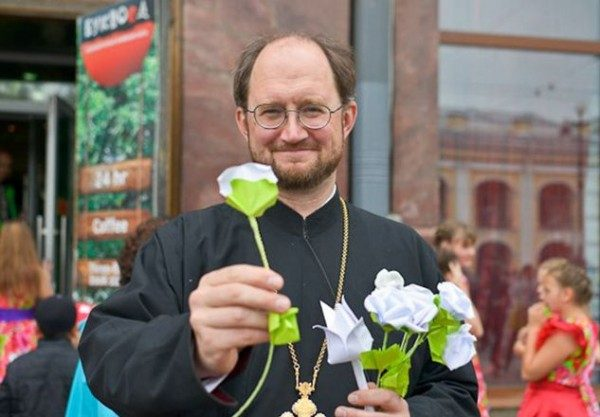 Петербургский священник открывает детский хоспис в Подмосковье