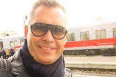 Павел Астахов переехал в Псков и «занялся своими детьми»