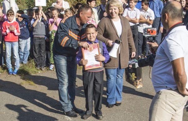 В Новосибирске первоклассник спас тонущую полуторагодовалую девочку