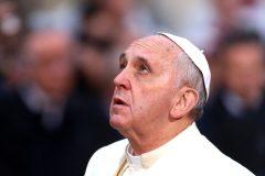 Папа Франциск призвал не поддаваться искушению ответить насилием на насилие