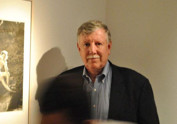 Джок Стерджес сожалеет по поводу скандала вокруг выставки «Без смущения»