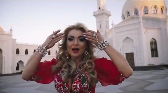 Муфтий Татарстана обрушился на клип, снятый на фоне мечети
