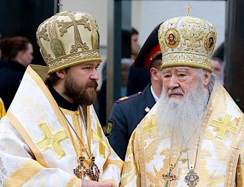 Владимир Путин наградил орденами митрополитов Ювеналия и Илариона