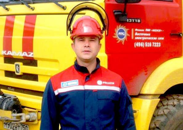 Москвич спас упавшего в шахту лифта подростка
