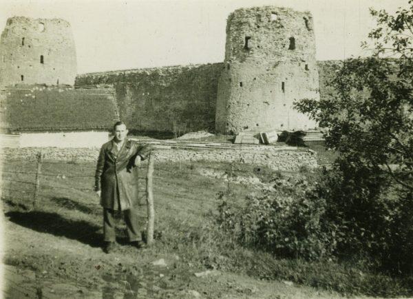 polchaninov-v-izborske