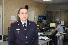 Полицейский спас жертву ДТП, едва не погибшую от взрыва машины
