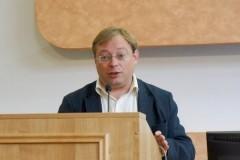 Декан истфака КемГУ уволен после скандала с раздетыми первокурсниками