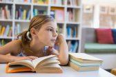 Вербицкая предложила школьникам читать не «Войну и мир», а Библию
