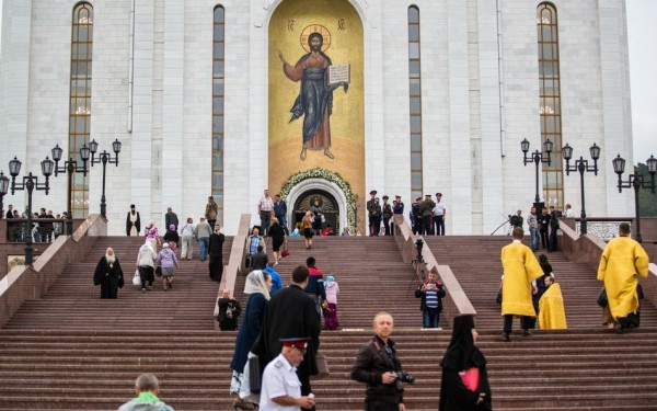 Патриарх Кирилл освятил самый большой храм на Дальнем Востоке